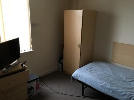 elijah bedroom