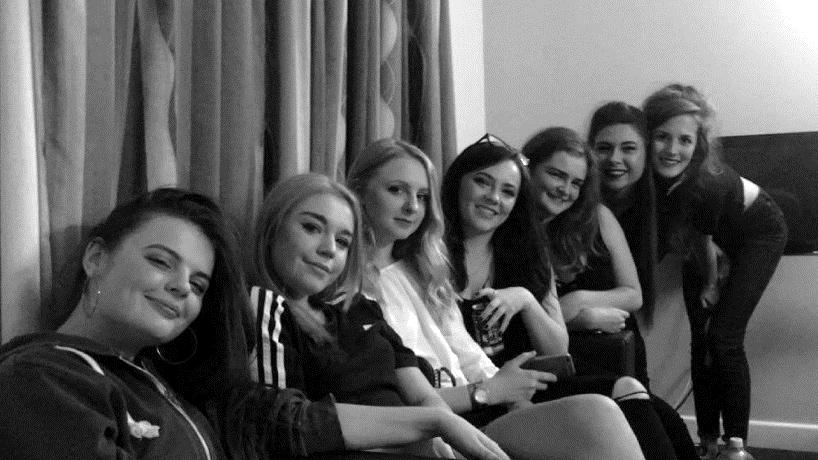 izzy friends